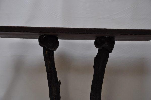 Mesa de madera y ceramica 82x 82cm.