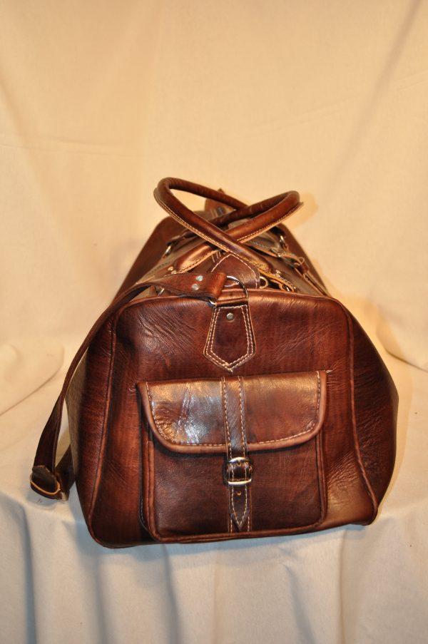 Bolso de viaje marrón oscuro