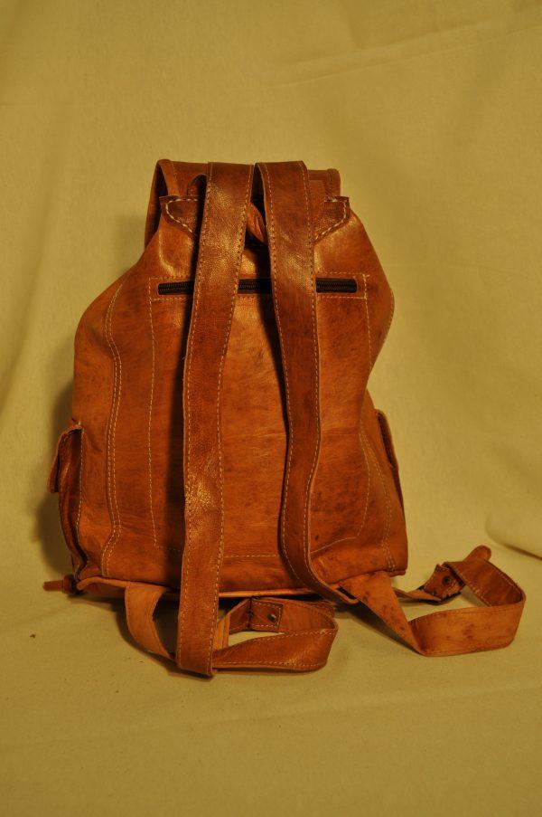 Mochila de piel 3 bolsillos 34 cm de alto x 28 de largo