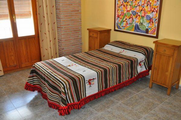 Colcha Alpujarreña bordada 160 x 250cm